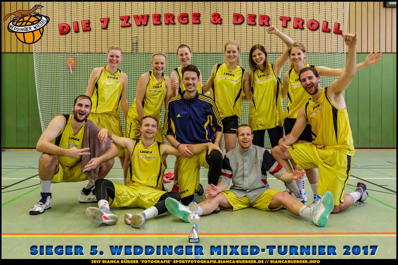 Siegerteam Die 7 Zwerge und der Troll - 5. Mixed-Turnier der Weddinger Wiesel
